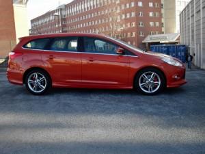 Ford Focus sida